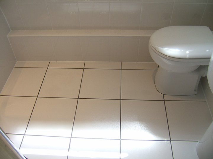 White Floor Tile Gray Grout Carpet Vidalondon