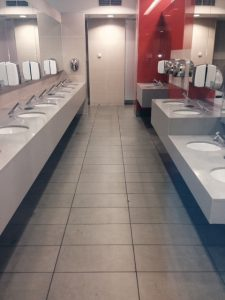 deep cleaning washrooms
